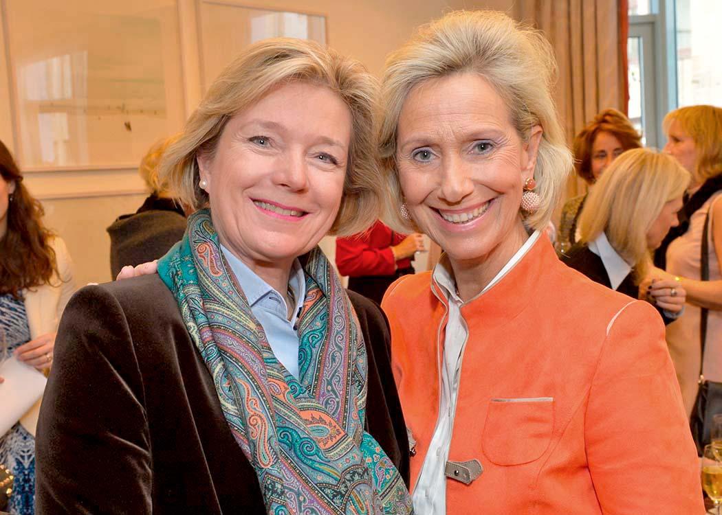 Caroline Freifrau von Landsberg-Velen und Kristina Tröger