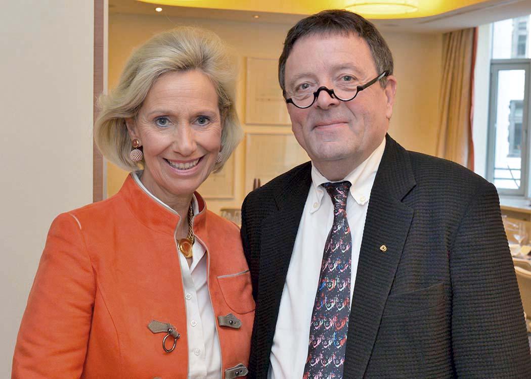 Kristina Tröger und Dr. Ekkehard Nümann
