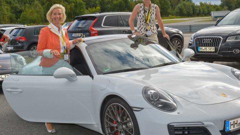 """""""CeU-Fahrtraining"""" mit Porsche im ADAC Fahrsicherheitszentrum Lüneburg"""