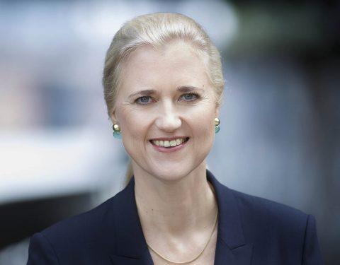 """""""Die erste Frau im Hamburger Hafen""""-Vortrag und anschließender Dialog mit Angela Titzrath, Vorstandsvorsitzende der HHLA"""