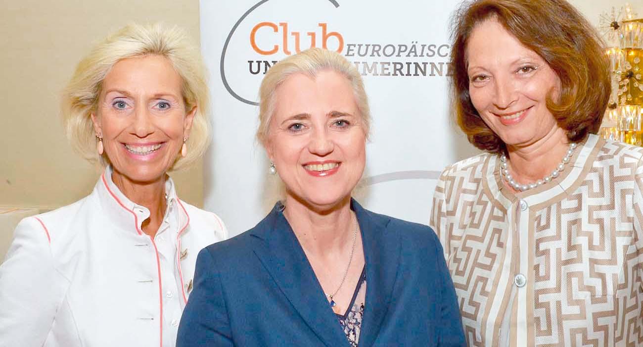 Kristina Tröger, Angela Titzrath und Dr. Angelika Dammann