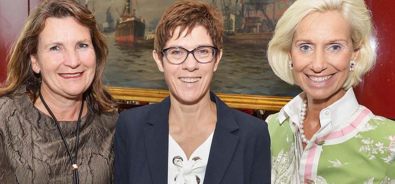 Christiane Goetz-Weimer Weimer Media Group, Annegret Kramp-Karrenbauer und Kristina Tröger