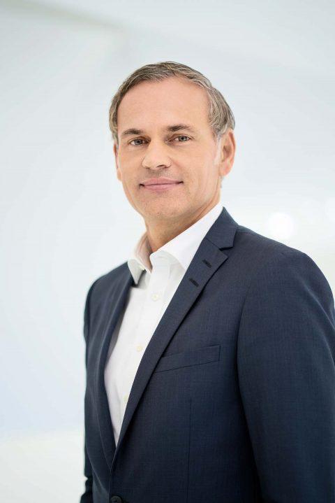 """""""Der Sportwagen der Zukunft"""" – Vortrag und Diskussion mit Dr. Oliver Blume, Vorstandsvorsitzender der Porsche AG"""