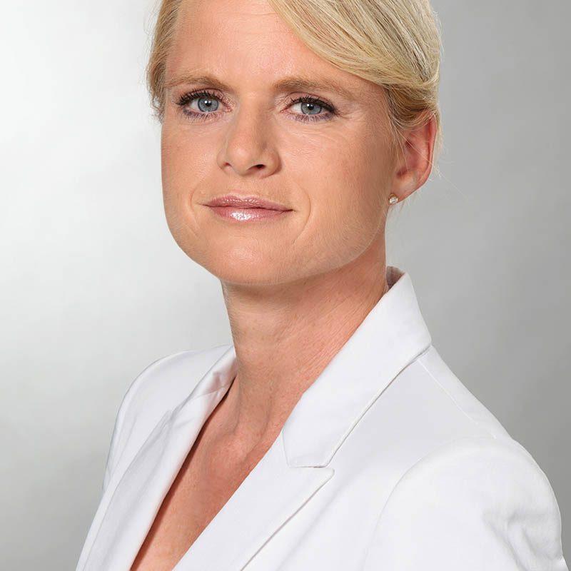 Eveline Schönleber_MAC_Portrait